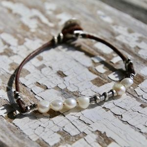 Silpada pearl and leather bracelet